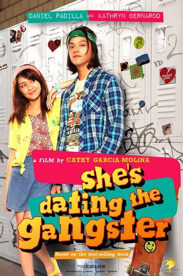 Pelicula She is Dating a Gangster